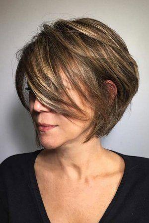 kolor włosów dla dojrzałej kobiety dojrzała kobieta fryzura dla dojrzałej kobiety